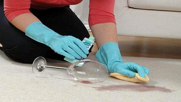Как часто чистить ковролин?