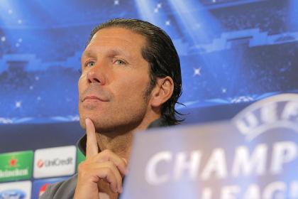 Главный тренер «Атлетико» извинился за подзатыльник арбитру