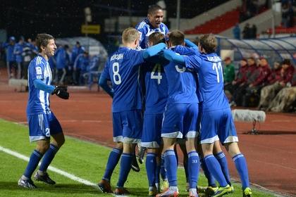 «Волга» отстранила 10 футболистов за отказ пойти на сокращение зарплаты