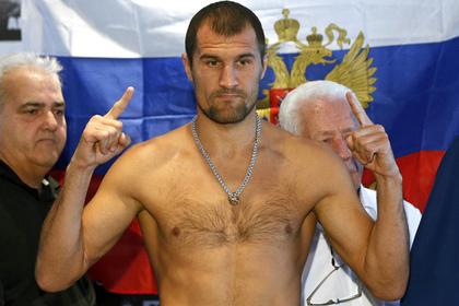Российский боксер Ковалев защитил титул чемпиона мира