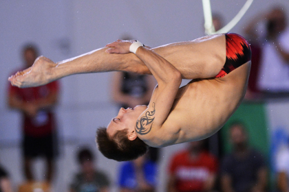 Россиянин Минибаев выиграл золото в прыжках в воду на ЧЕ