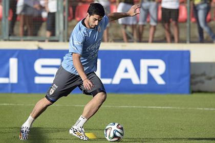 Суаресу разрешили тренироваться с «Барселоной»