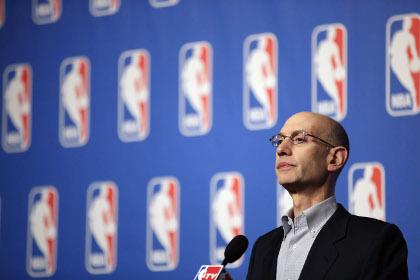 Комиссар НБА вылил на себя ведро ледяной воды