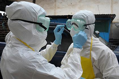 Зрителей футбольного матча проверят на вирус Эбола