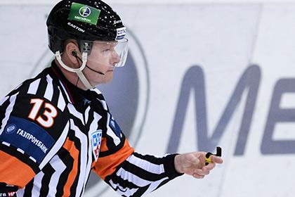 Судье сломали нос в матче КХЛ