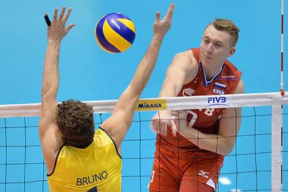 Плюнувший в болельщика российский волейболист играл на ЧМ с разорванным мениском