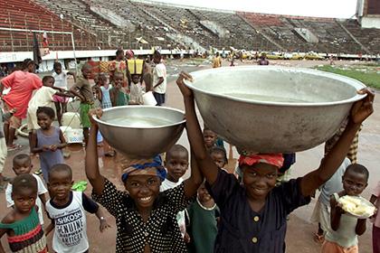 Либерийский стадион переоборудуют в центр по борьбе с Эболой