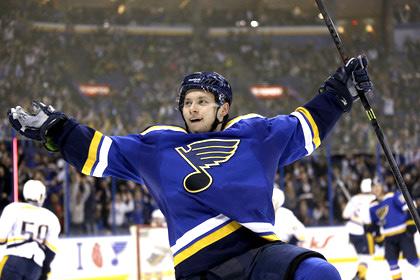Россиянин Тарасенко стал второй звездой ноября в НХЛ