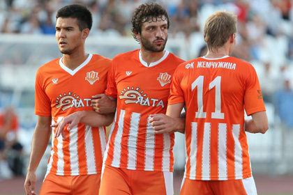 УЕФА запретил крымским клубам выступать под эгидой РФС