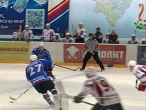 Смоленские хоккеисты на своем льду сыграли с «Мордовией»