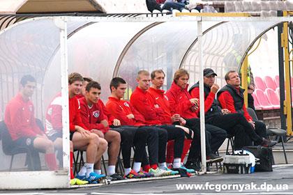 Украинский футбольный клуб снялся с чемпионата из-за боев в Донбассе