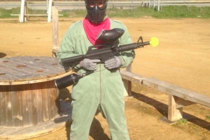 Кержаков поприветствовал Дзюбу в «Зените» с оружием в руках