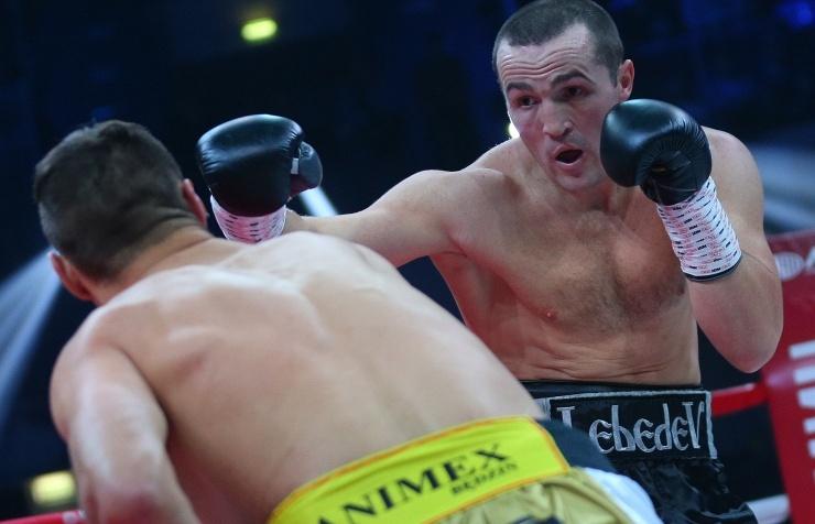 Бой чемпиона мира по боксу Лебедева и француза Каленги пройдет 10 апреля в Москве