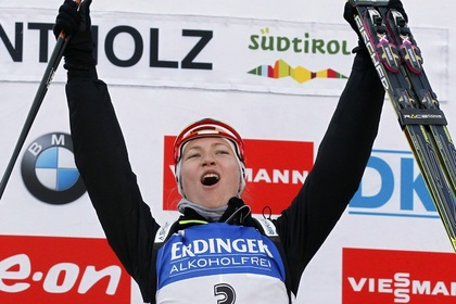 Домрачева впервые в карьере выиграла Кубок мира по биатлону
