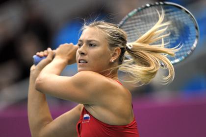 Шарапова опустилась на третью строчку в рейтинге WTA