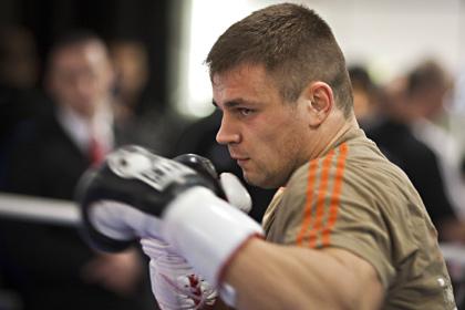 Жена боксера Бойцова рассказала об угрозах со стороны бывшего промоутера