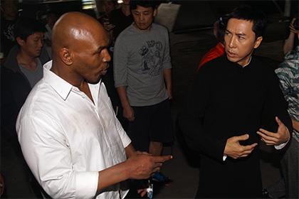 Китайский мастер кунг-фу сломал палец Майку Тайсону