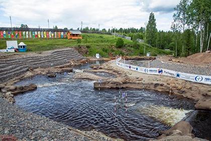 Лавров с Губерниевым сплавились по новгородскому каналу
