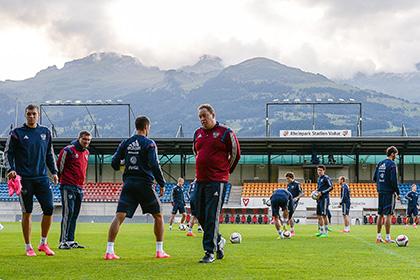 В Лихтенштейне футболисты сборной России стали свидетелями фестиваля коров