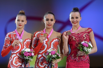 На ЧМ по гимнастике дважды перепутали российский гимн