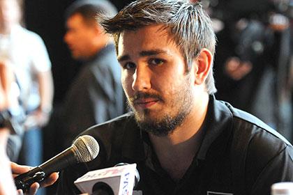 Власти США подтвердили намерение депортировать хоккеиста Войнова