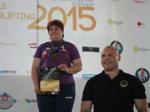Сотрудница смоленского СИЗО победила на чемпионате по пауэрлифтингу