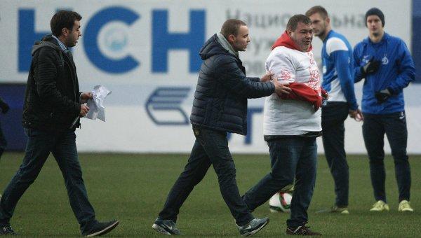 Мутко: «Динамо» будет наказано за поведение журналиста Дерунца