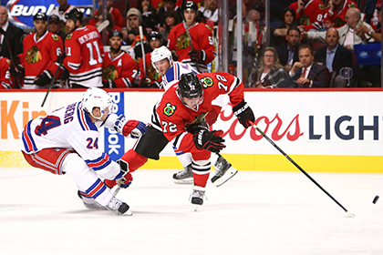 Россиянин Панарин отличился в первом матче в НХЛ