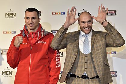 Фьюри предложил Кличко биться на голых кулаках