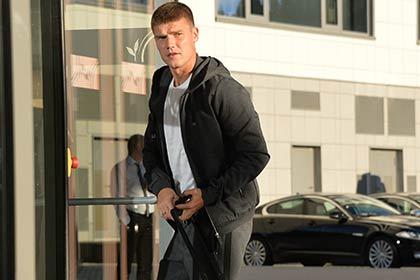 Денисов поссорился с руководством «Динамо» из-за долгов по зарплате