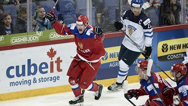 Сборная России по хоккею победила финнов в матче молодежного ЧМ