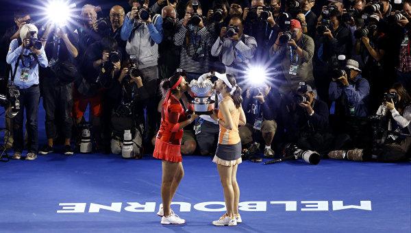 Хингис и Мирза выиграли Australian Open в парном разряде