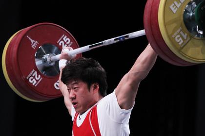 Чемпиона ОИ по тяжелой атлетике отстранили на 10 лет за избиение коллеги