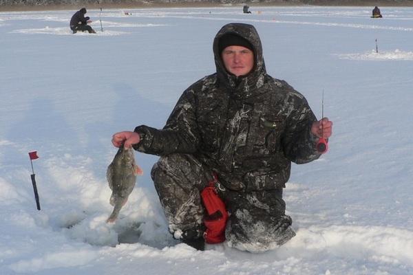 В Смоленской области соревновались в подледной ловле на мормышку
