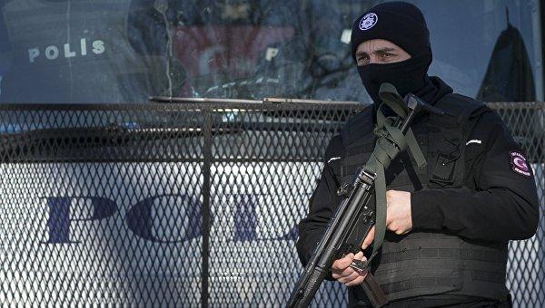 Задержаны фанаты, кидавшие бутылки в автобус «Локомотива» в Турции