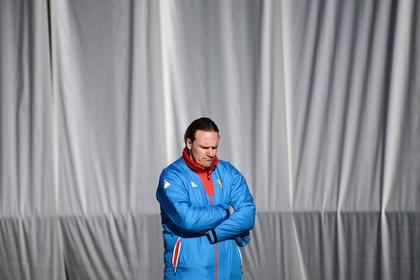 Тренер сборной России по бобслею рассказал о шестимесячных долгах ОКР