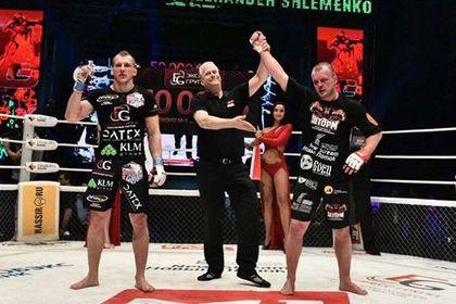 Боец Шлеменко одержал победу над Василевским раздельным решением судей
