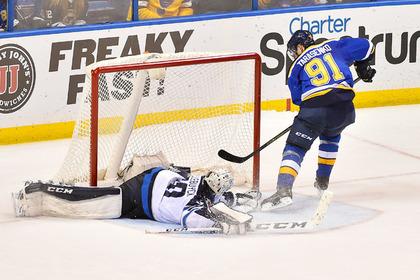 Россиянин Тарасенко признан первой звездой недели в НХЛ