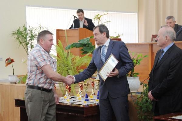 На коллегии главного управления спорта наградили лучших смоленских спортсменов