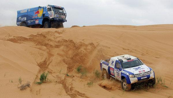 Петерансель, Лёб и Депре выступят за Peugeot на ралли «Шелковый путь»