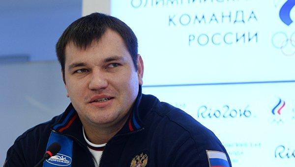 Штангиста Алексея Ловчева дисквалифицировали за допинг на 4 года