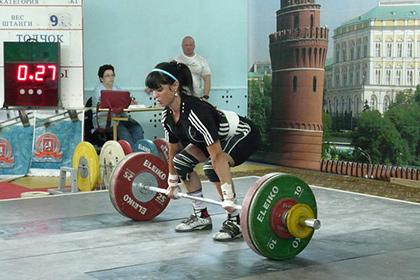Шестерых российских тяжелоатлетов дисквалифицировали за допинг