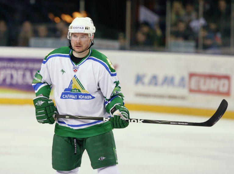Трехкратный чемпион мира Дмитрий Калинин подписал контракт с ХК «Спартак»