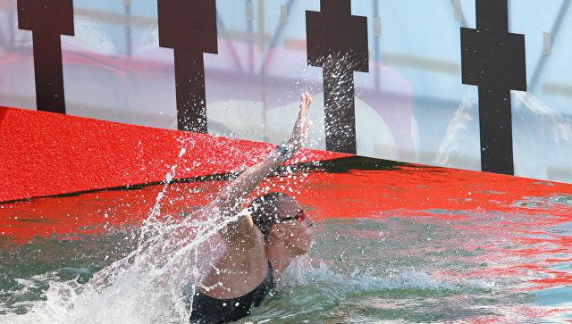 Россиянин Абросимов взял золото в заплыве на пять км на ЧЕ по плаванию
