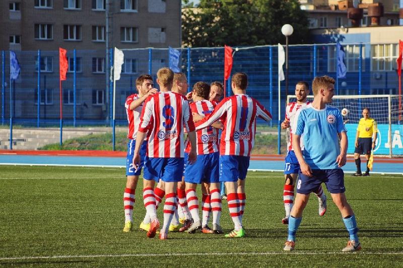 Смоленский ЦРФСО заявил для участия в чемпионате России еще 13 футболистов