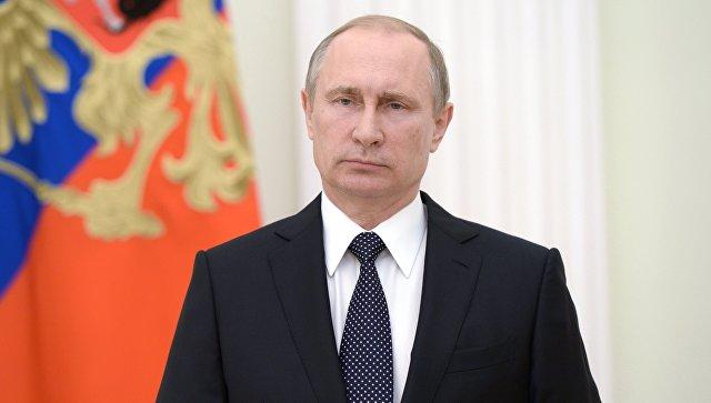 Путин поручил устранить отставания при строительстве аэропортов к ЧМ-2018
