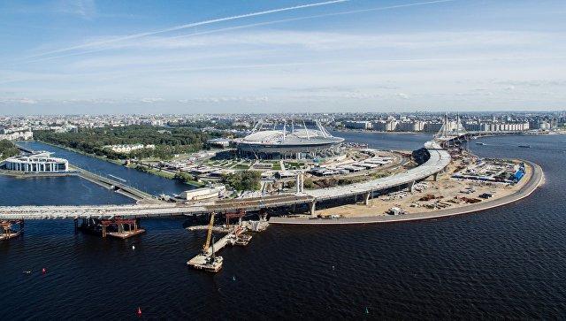 Генподрядчик стадиона в Петербурге обещает погасить долги по зарплате