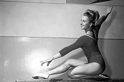 Умерла семикратная олимпийская чемпионка по спортивной гимнастике Чаславска