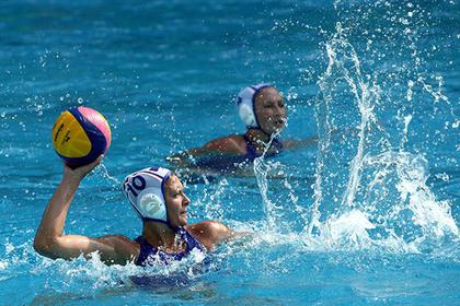 Женская сборная России по водному поло одержала первую победу на ОИ