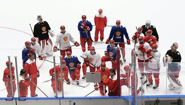 Хоккеисты сборной почтили память погибших игроков ярославского «Локомотива»